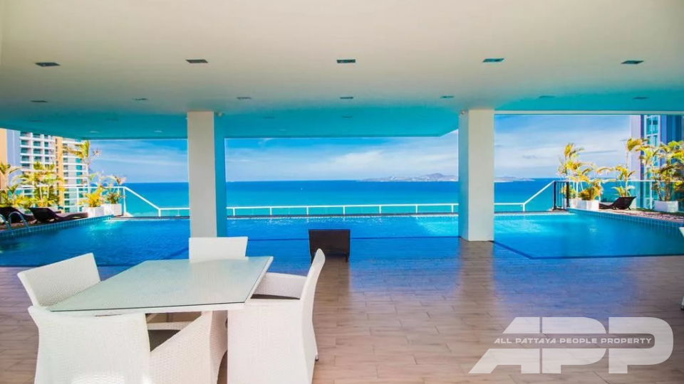 The View Cozy Beach Residence 18
